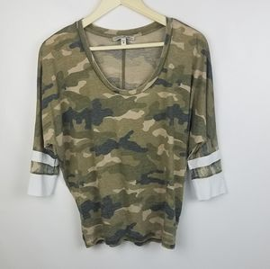 Express one eleven brand size XS camouflage camo p